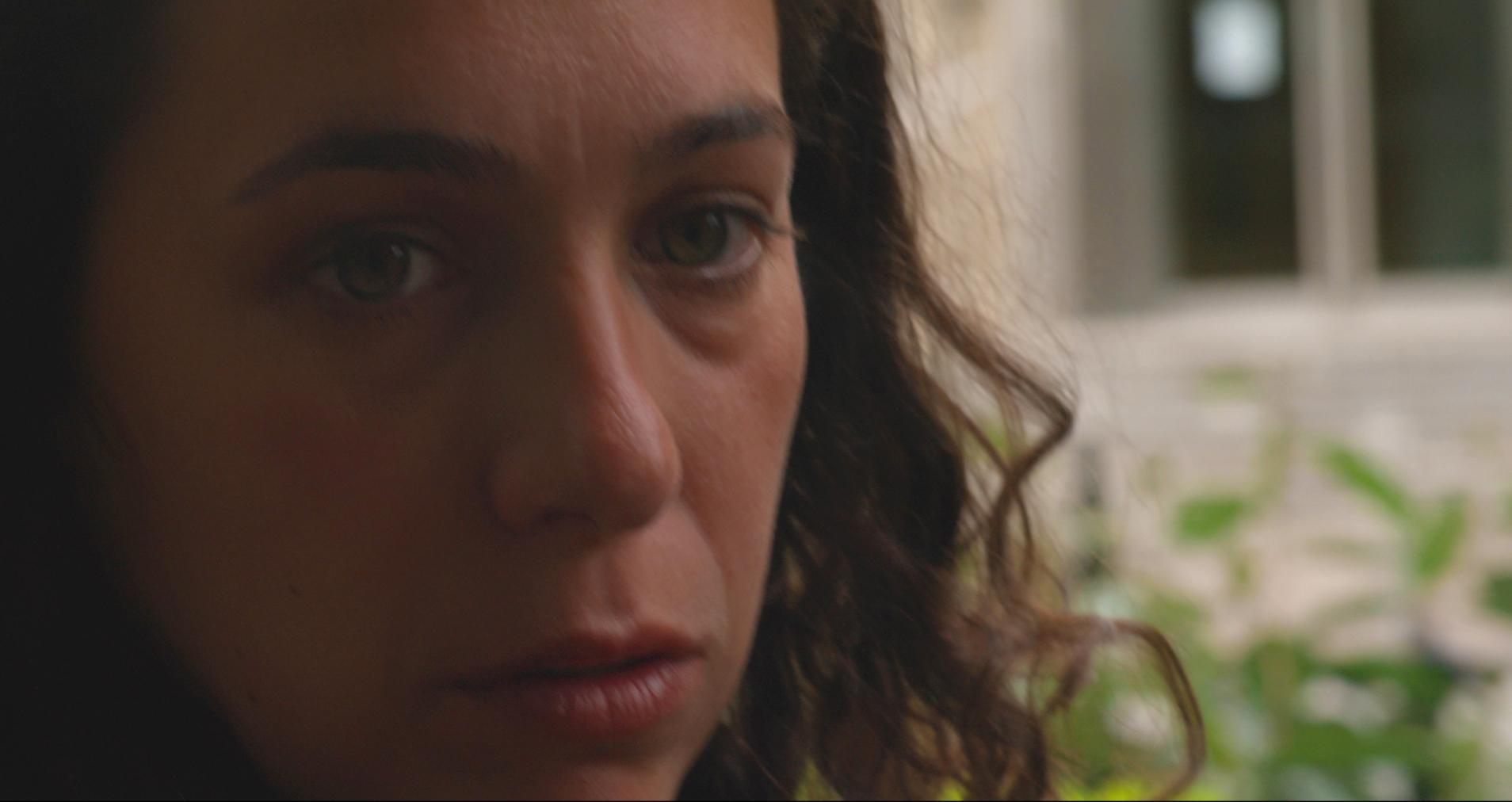 Paola Virgilio as Emma